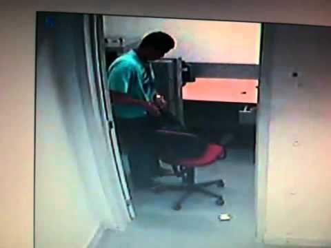 O assaltante que robou o banco santander e levou a pistola .40 de um PM do 11º.MOV
