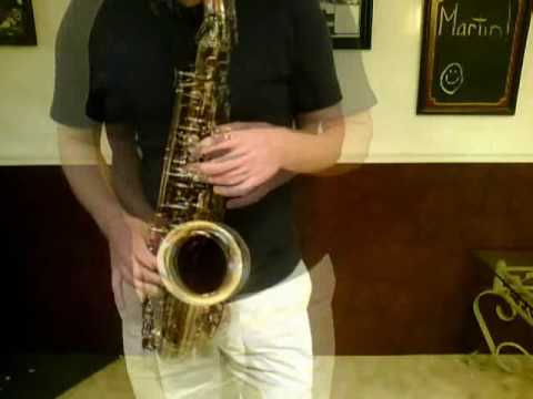 Vintage THE Martin Alto Sax.wmv