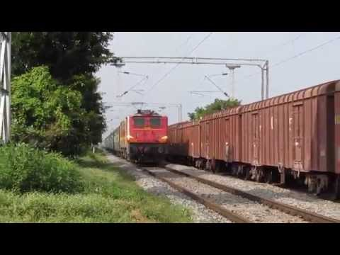 King Of Sr Tamil Nadu Sf Express Hauled By Dark Red Creamy Howrah Wap-4 22632:indian Railways video