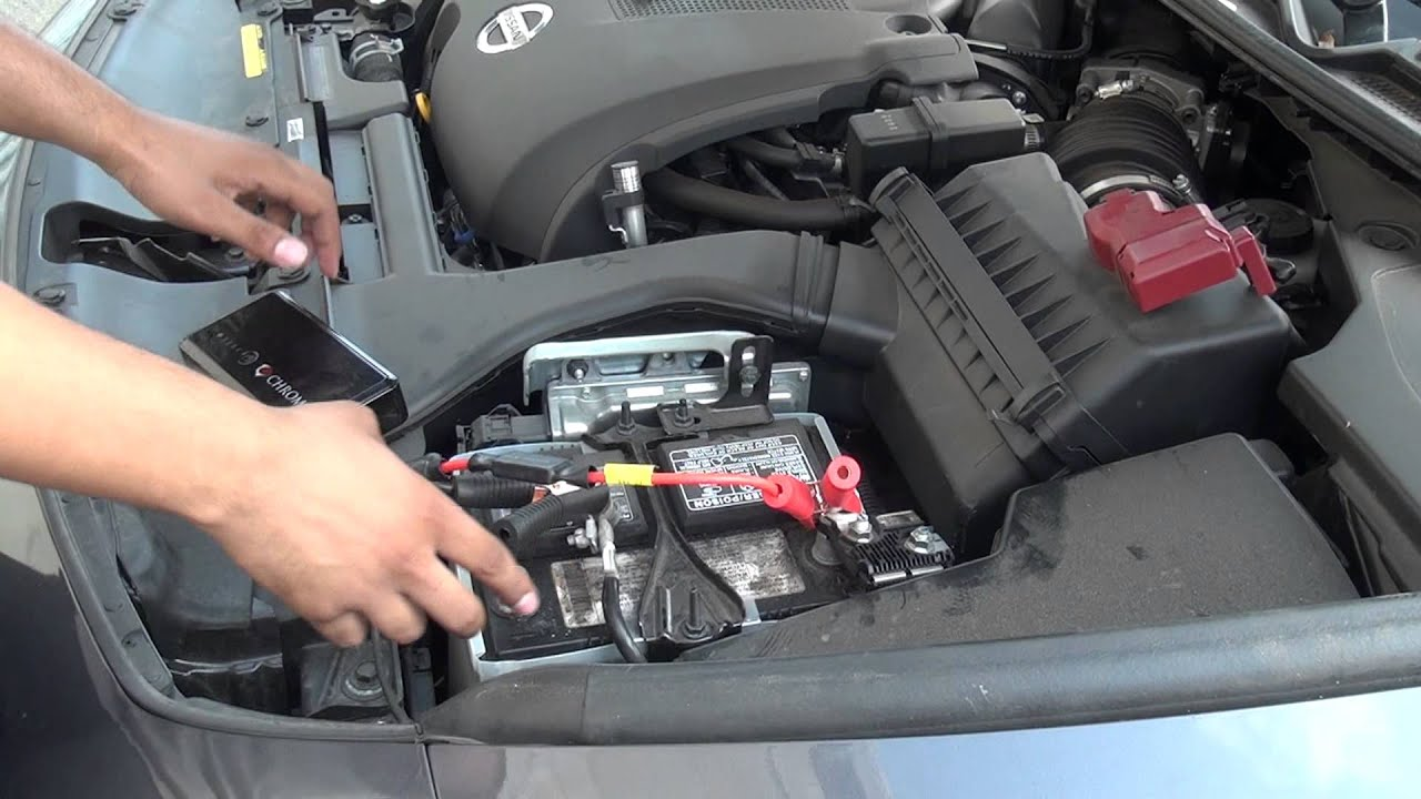 Portable Multifunction Battery Bank Charging Kit    Car