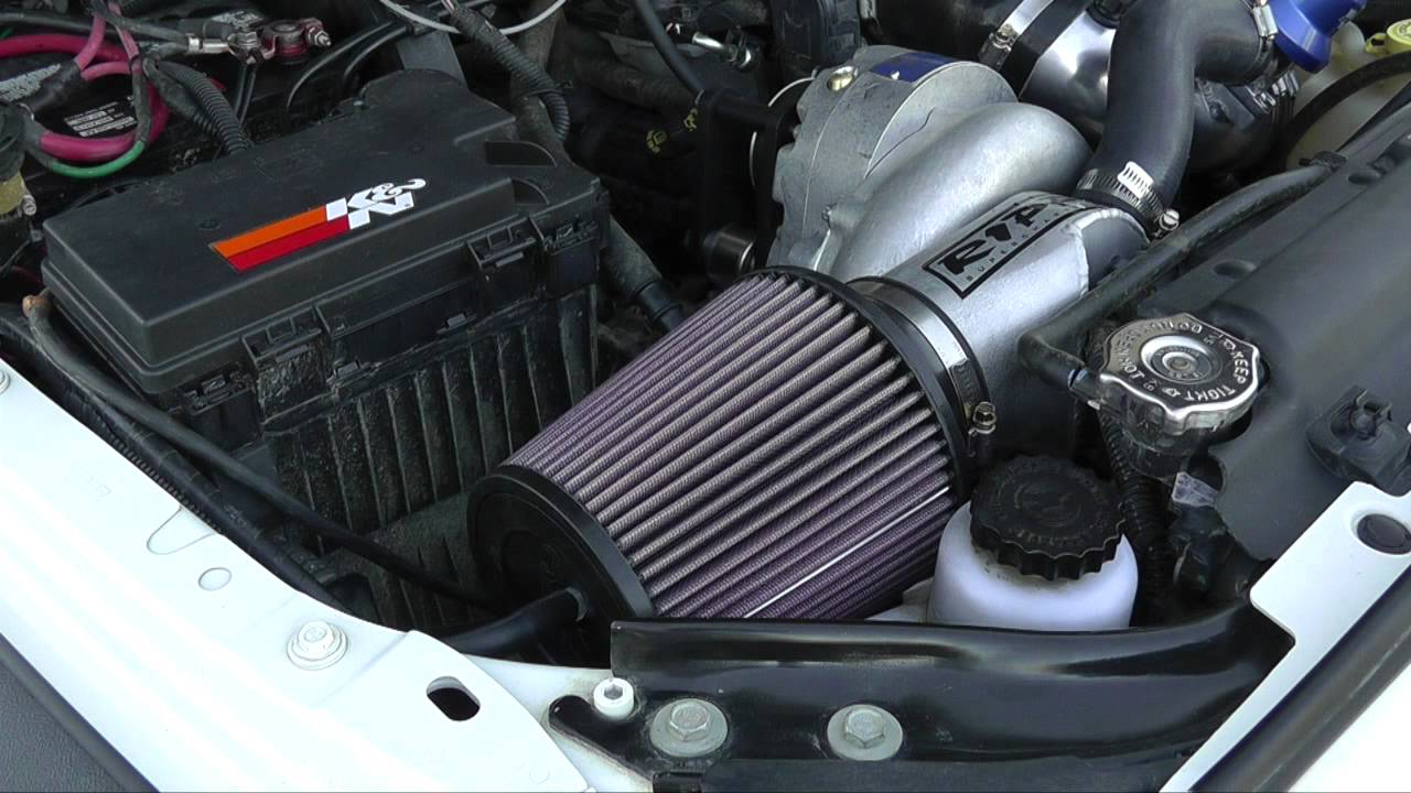 Jeep Air Cleaner : Jeep wrangler k n air filter install and maintenance youtube