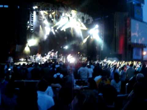 funny the way it is. Dave Matthews Band - Funny The Way It Is (Live at Jones Beach 7/21/09)