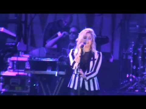 Demi Lovato - Stay (Rihanna Cover) (B96 Pepsi Summer Bash June 15 2013)