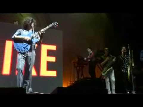 Mark Ronson  - The Bike Song (Live Metro City, Perth Australia 22nd July 2015)