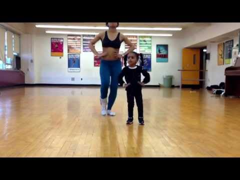 2 yr old and her mom ... Kills choreography !!! 2years old ! thumbnail