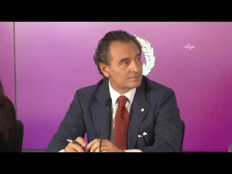 Cesare Prandelli resmi imzayı attı