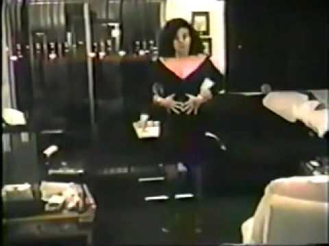 MAMA DE LUCERO HACE STREPTEASE.video original mpg
