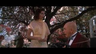 Annie Trailer HD