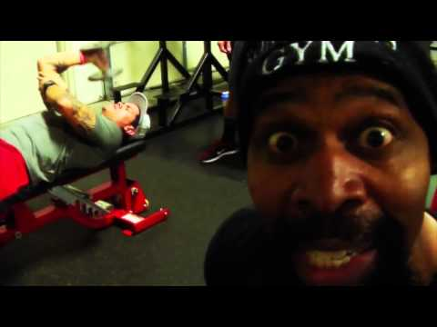 I COMMAND YOU TO GRO!! 870 Reps of Triceps with CT Fletcher and iSatori