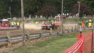 Nasty small block chevy truck pull 9500 rpm