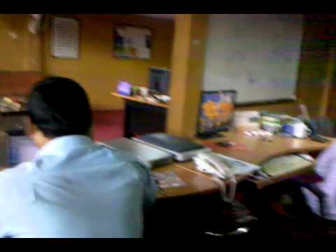 Mr.vun Wacth Movie  Sex In The Office.mp4 video