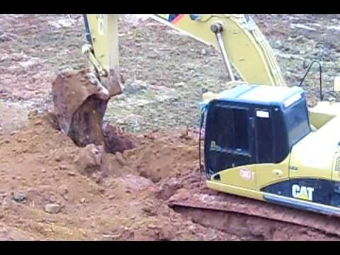 Escavadeira Caterpillar 324D atolada parte II Music Videos