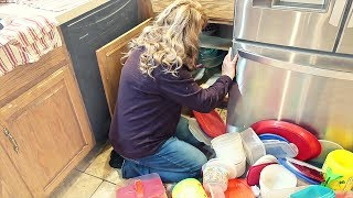 💥Homeschool MOM Cleaning Routine | Before & After KITCHEN Cabinet Organization