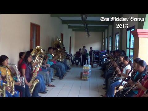 Banda Filarmonica de San Juan Petlapa. San Melchor Betaza 2013.