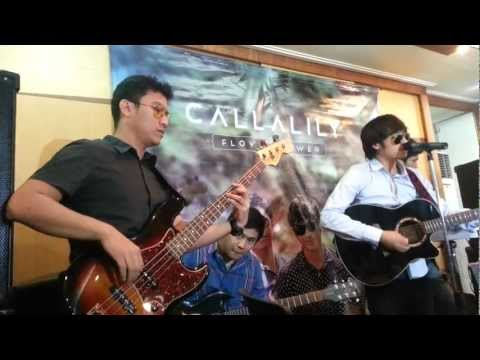 During the famous Pinoy band, Calla Lily blogcon for their Flower Power album, they performed several cuts from their newest album and their first under Univ...