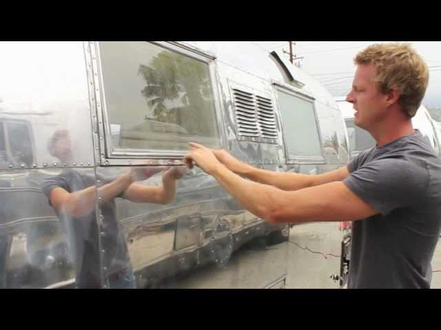 Airstream Planet - Exterior Windows - Episode ???