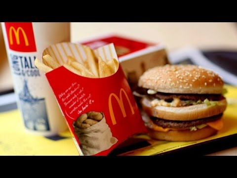 McDonald's Will Pay Workers $10