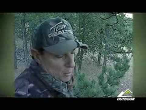 Realtree Road Trips with Michael Waddell - Bill Jordans Monster Miss!!!
