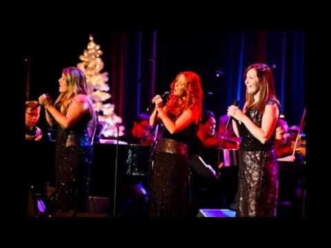 Celtic Woman - White Christmas