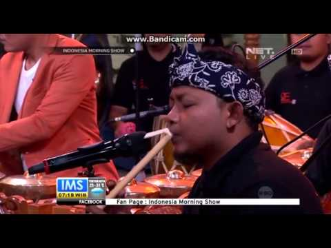 Music video Soul Ethnic Percussion by Sule & Friends - Music Video Muzikoo