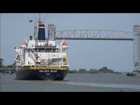 TS Golden Bear Rio Vista Lift Bridge