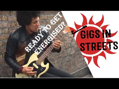 Motorhead, Ace of Spades & Notorious BiG (Lewis Floyd Henry cover)- busking in the streets of London