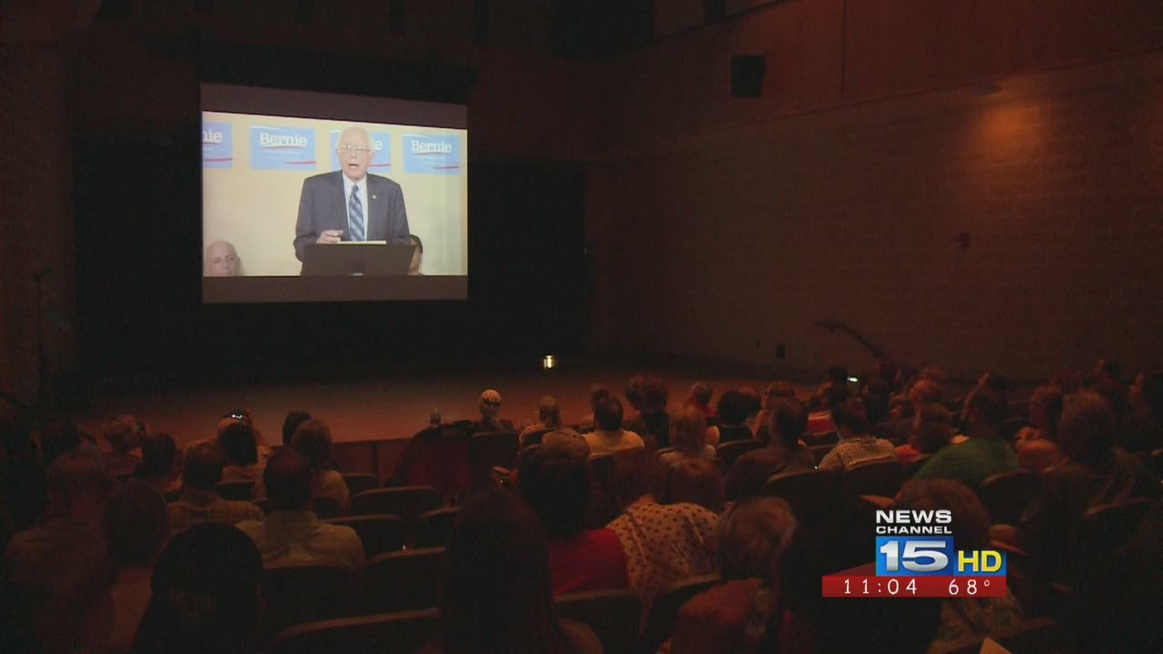Hundreds attend local rally for Bernie Sanders