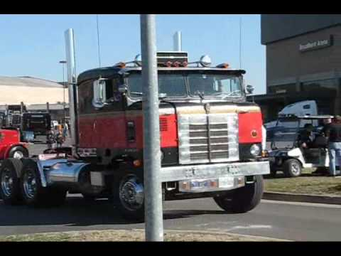 Trucks Leaving 2009 Mid American Trucking Show Part 1