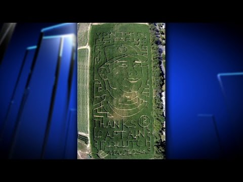 Farm Honors Derek Jeter with Corn Maze