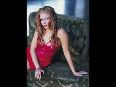 L Presents - Melissa Joan Hart