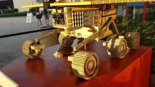レゴで作られた火星探査機ローバーのレプリカ