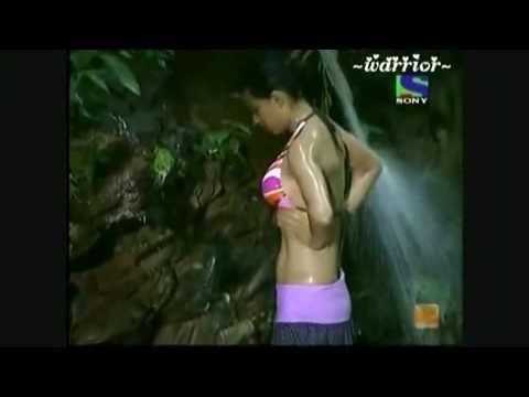 Shweta Tiwari(big Boss 4 Winner) Hot &sexy video