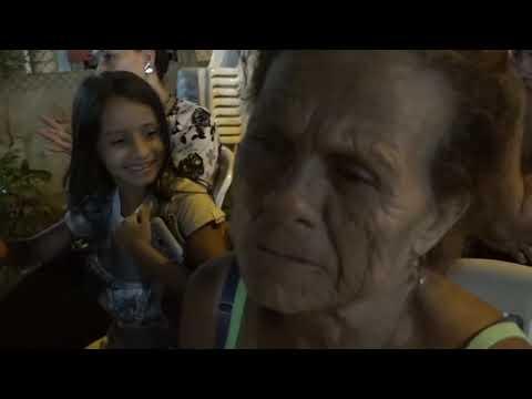 Microinformativo Yo Soy de Chone - Habitantes de calle Emilio Hidalgo se reúnen con autoridades