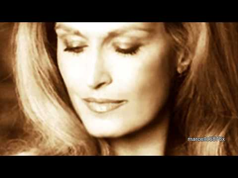 DALIDA FOREVER -  Iconic Photos of a Legendary Lady -  Morir Cantando