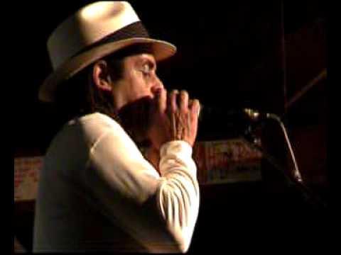 Kenny Neal band live at Banana Peel 05-04-2010