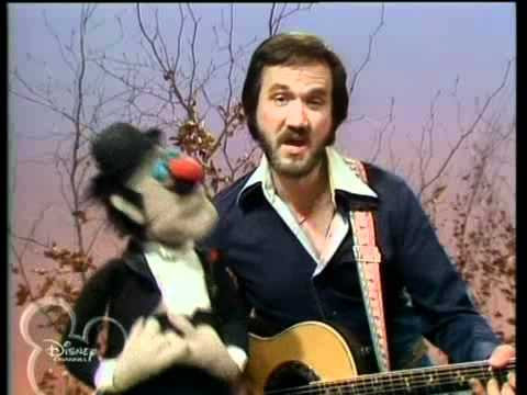 The Muppets - Season 3 Episode 21 Roger Miller