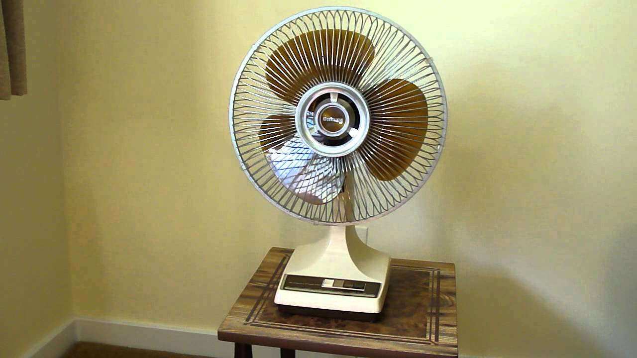 Lasko Galaxy Fan : Galaxy lasko quot oscillating fan youtube
