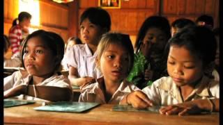 Schauspieler Steffen Groth unterwegs mit CARE in Kambodscha