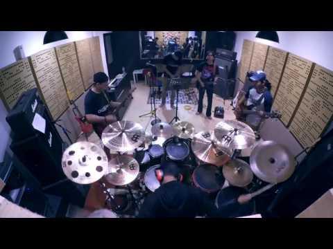 GIGI - Pintu Sorga (MUSIC COVER / PLAYING THROUGH)