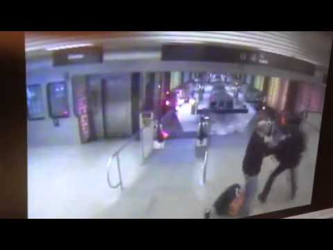 Video: Descarrilamiento del metro en Chicago