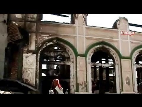 Kashmir tense, a day after fire destroyed Dastgeer Sahib Sufi shrine