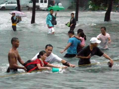 Typhoon Ondoy in Manila , Marikina , Cainta ... Sept 26 2009... Philippines
