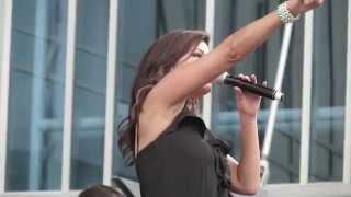 Robin Meade - Get Up