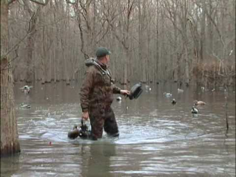 Freakin' off the Chart Arkansas Green Timber Duck Hunt - Featherlite Decoys-