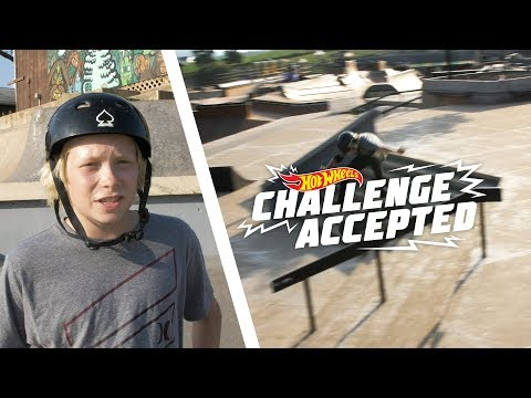 Kickflip Front Board The 8 Stair Rail - Hot Wheels Challenge Accepted