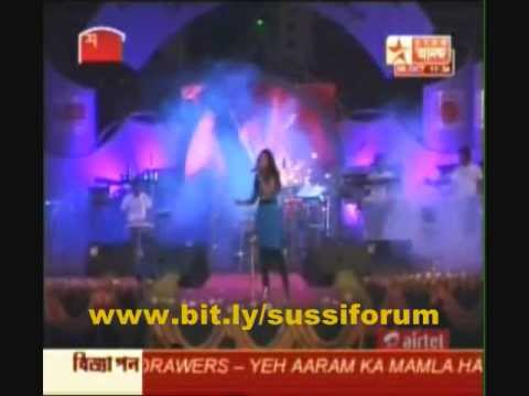 Shreya Ghoshal singing Tujh mein rab dikhta hai at US tour