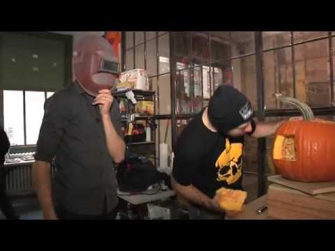 Ben Aaron Carves The Most Artistic Pumpkin Ever!