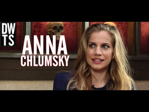 Emmy Nominee Anna Chlumsky Talks 'Veep' Character Amy, Real-Life Politicians