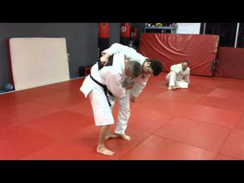 Leg Lace Throw to Leglock Image 1