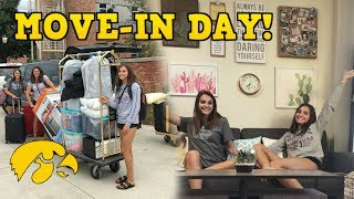 COLLEGE MOVE-IN DAY VLOG! | Megan and Ciera